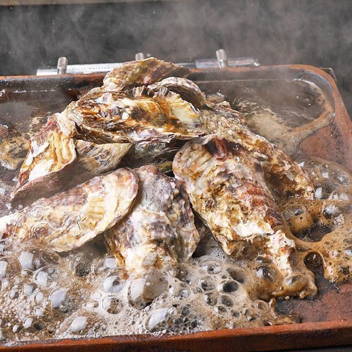 新鮮な牡蠣が次から次へと♪スタッフがお声掛けしてお持ちします