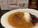 千葉県産イモ豚のバターポーク梨カレー