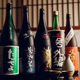 全国の銘酒は、常時40種以上ご用意。その他週替りで旬の日本酒も