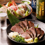 鮮度にこだわった魚介メニューは、当店選りすぐりの日本酒とも相性抜群!