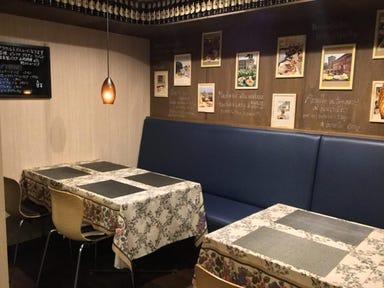 ピッコロ ロマーナ (Piccolo Romana)  店内の画像