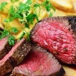 充実の肉メニュー登場!流行りの熟成肉がなんと1g=10円!