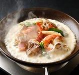 海鮮にベーコン野菜を加え、濃厚とろ~りチーズをタップリどうぞ