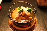 豪華食材の「楊貴妃鍋」ほか単品料理や鍋物も豊富。