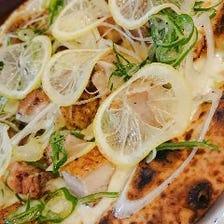 石釜で焼き上げる本格ナポリピザ