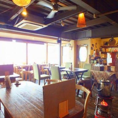 カフェ・バー 麻心  店内の画像