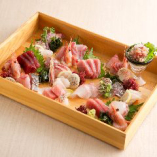 旬の鮮魚や素材を使用した、季節の味覚を楽しめる海鮮和食料理♪