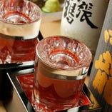 日本酒は料理と引き立て合うものを全国から常時8種厳選!