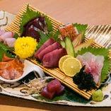 魚介は豊洲や各地から仕入れ。常に旬の新鮮なものを♪