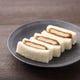 ヒレかつ、パン、ソース全てが主役。三味一体のおいしさです。
