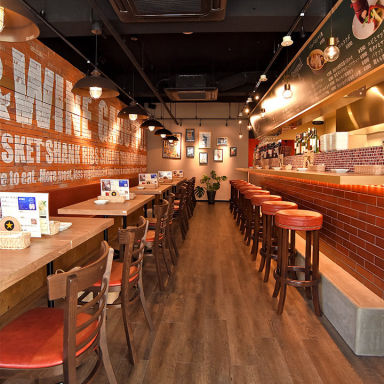肉バル ガブット 茨木店  店内の画像