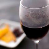 がぶ飲みワインは1杯390円(税抜)
