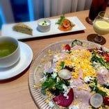 サラダランチプレート(スープ・ドリンク付き)