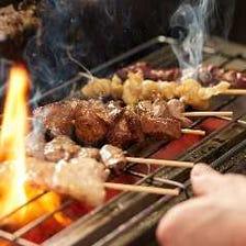 朝引きのやんばるハーブ鶏を串焼きに