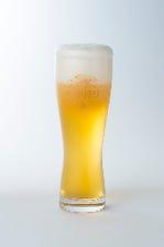 生ビールを含む贅沢な内容にて
