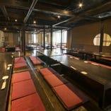 【横浜西口最大級】最大人数100名様まで収容可能の宴会場です。.
