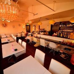 Cafe Bar LIFE