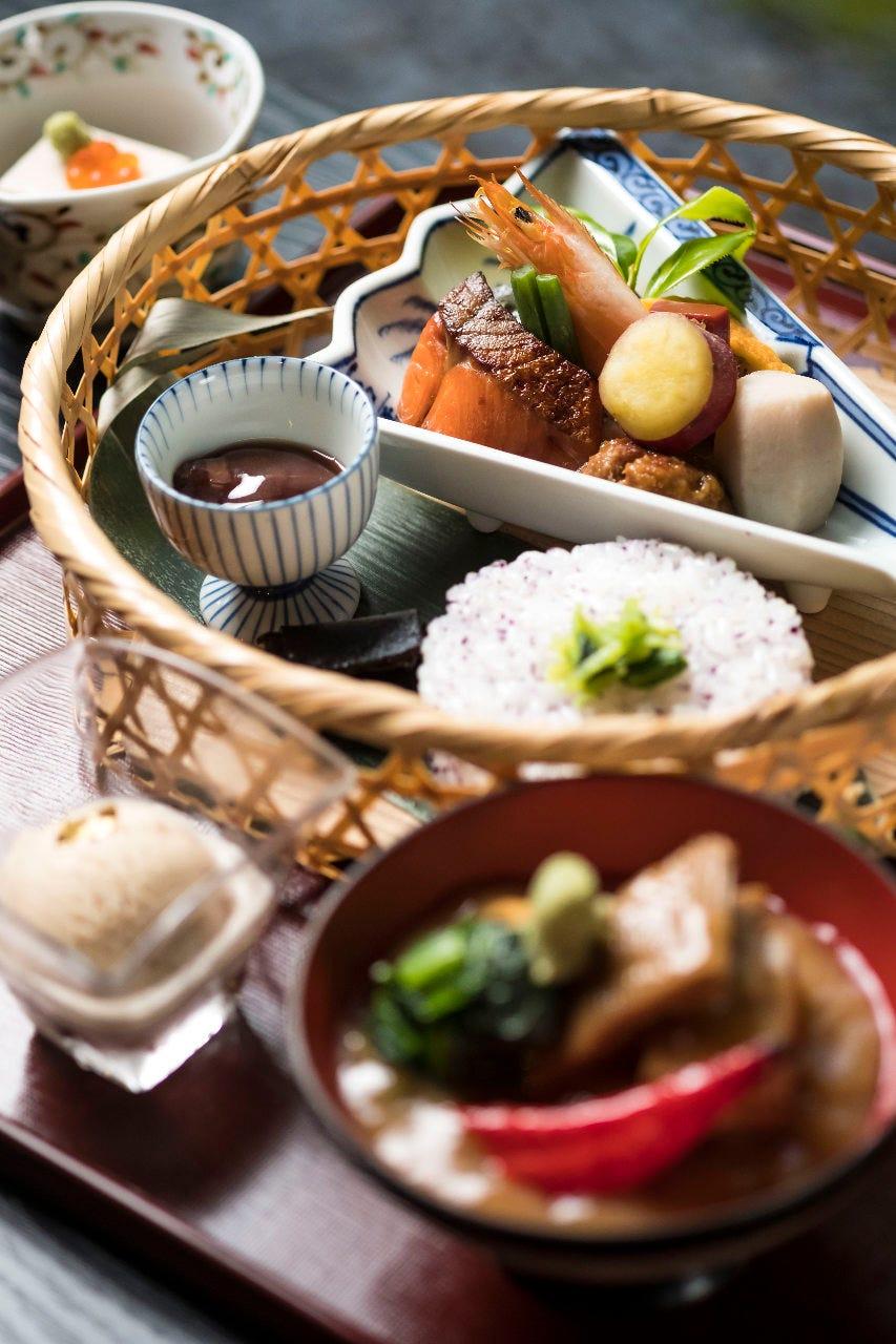 【ランチ】竹かご弁当 治部煮付き