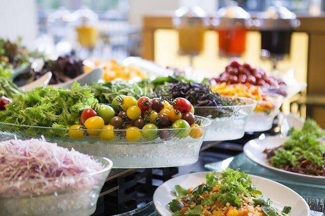彩り鮮やかな野菜料理を 存分にお楽しみください