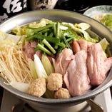 【鶏鍋】 コースで楽しめる野菜の甘みと鶏の旨味の凝縮した逸品