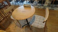 丸テーブル席【2名様におすすめ】
