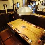 1階 6名テーブル席
