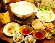 一昼夜かけて煮出した極上スープ