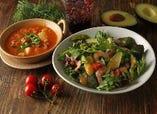 【海老とフレッシュアボカドのサラダ】&【選べる具だくさんスープ】のセット