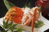 北海箱寿司 ずわい蟹うにいくら