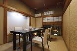 個室 4~6名様(他 3部屋)  接待、会合にご利用下さい。