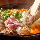 炙り鴨とふわふわつみれの醤油鍋