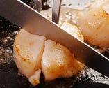 こだわりの季節の魚介を 絶妙の加減で焼きあげる
