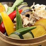【季節野菜】 新鮮な野菜の味わいを活かした調理法でご提供