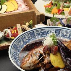魚魯魚魯 ~漁港産直鮮魚と美味い地酒~