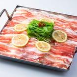 【E】鹿児島産黒豚のレモン鉄板焼き