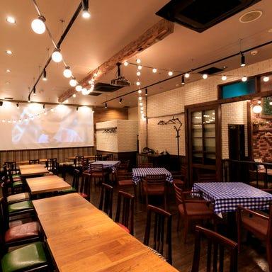 スパニッシュイタリアン Azzurro520+caffe 店内の画像