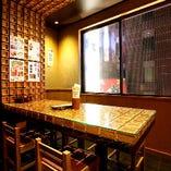 ◎酒米と升の部屋 4名~6名様がご利用可能な個室。