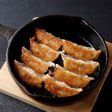 鉄板黒豚餃子