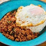 本格タイ料理タラート