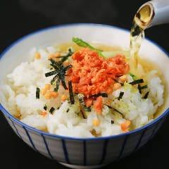 お茶漬け(プレーン/鮭/明太子/たこわさ/いか明太/いか塩辛/辛子高菜)