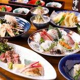 ご宴席や会食から、おもてなしの接待まで様々なシーンに最適な会席をご用意。旬の食材にこだわり、熟練の職人が手がける伝統的な日本料理をご堪能いただけます。