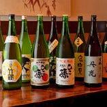 厳選した日本酒は、神亀酒造をはじめ、常時40種以上の取り揃え