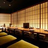 宴会や接待など、落ち着いた雰囲気の大人空間で愉しいひとときを。