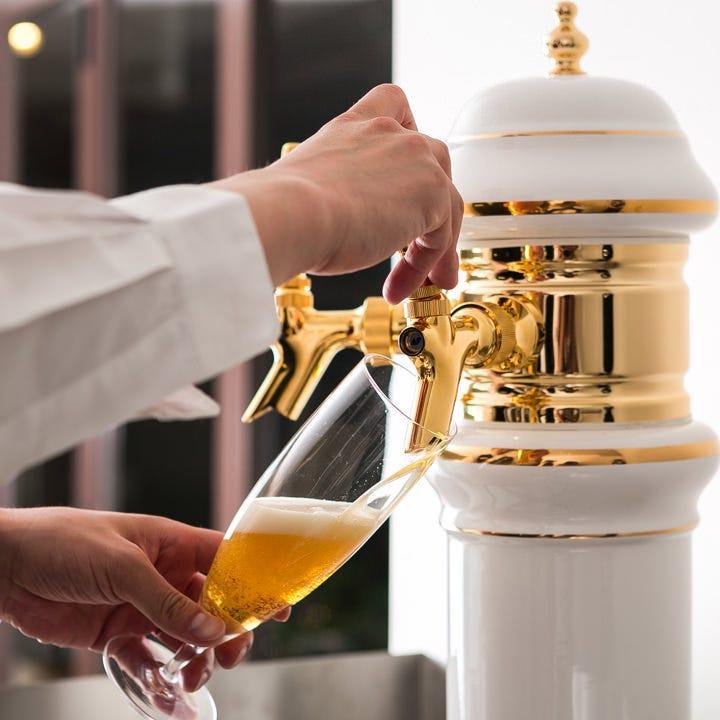 生ビールもございます。当店自慢の逸品と一緒にどうぞ