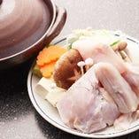 天然とらふぐちり鍋豊後水道、山口県徳山、三重県安乗、又は愛知県産の上質で大きい(1.2k)天然とらふぐを使用。