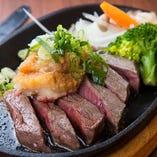 牛肉の鉄板ステーキ