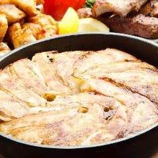 【2時間飲放題付】名物鉄鍋餃子を含む 九太郎おすすめコース 全11品 4,500円