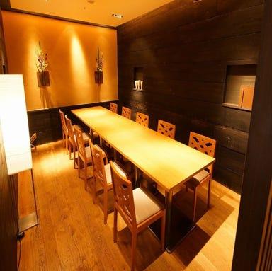 GRILL&BAR DINING 燦 大丸梅田店  店内の画像