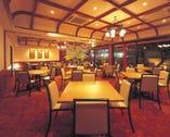 お座敷は最大50名様 テーブルは60名様までご利用できます