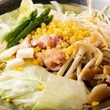 [歓送迎会は鍋を囲んで] モツ鍋or大山鶏鍋から選べます♪